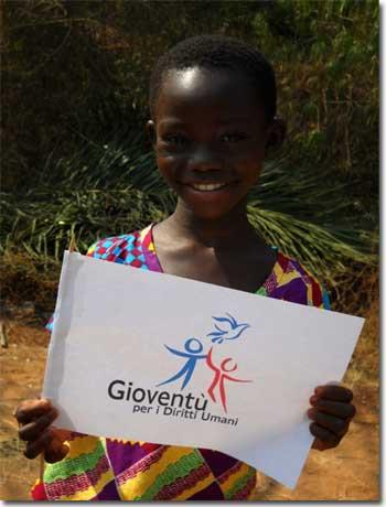 bimbo africano con il logo di Gioventà per i Diritti Umani