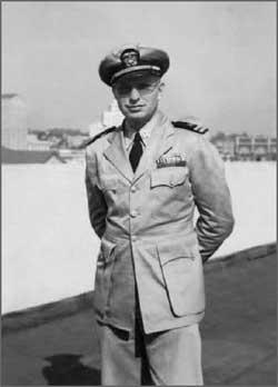 L. Ron Hubbard ufficiale della Marina